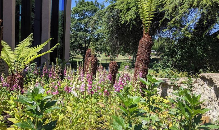 St HIlda's Gardens