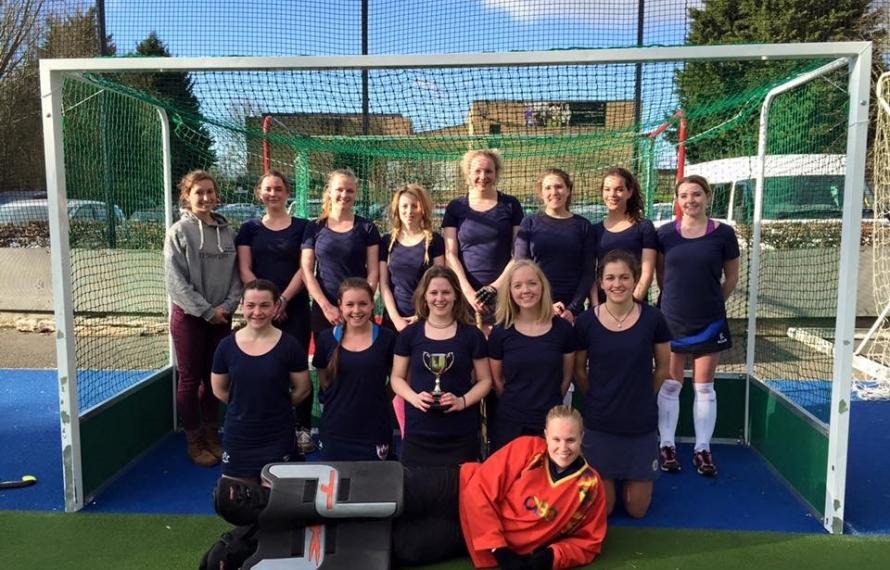 Quilda's Hockey Team wins Women's Hockey Cuppers, 2016