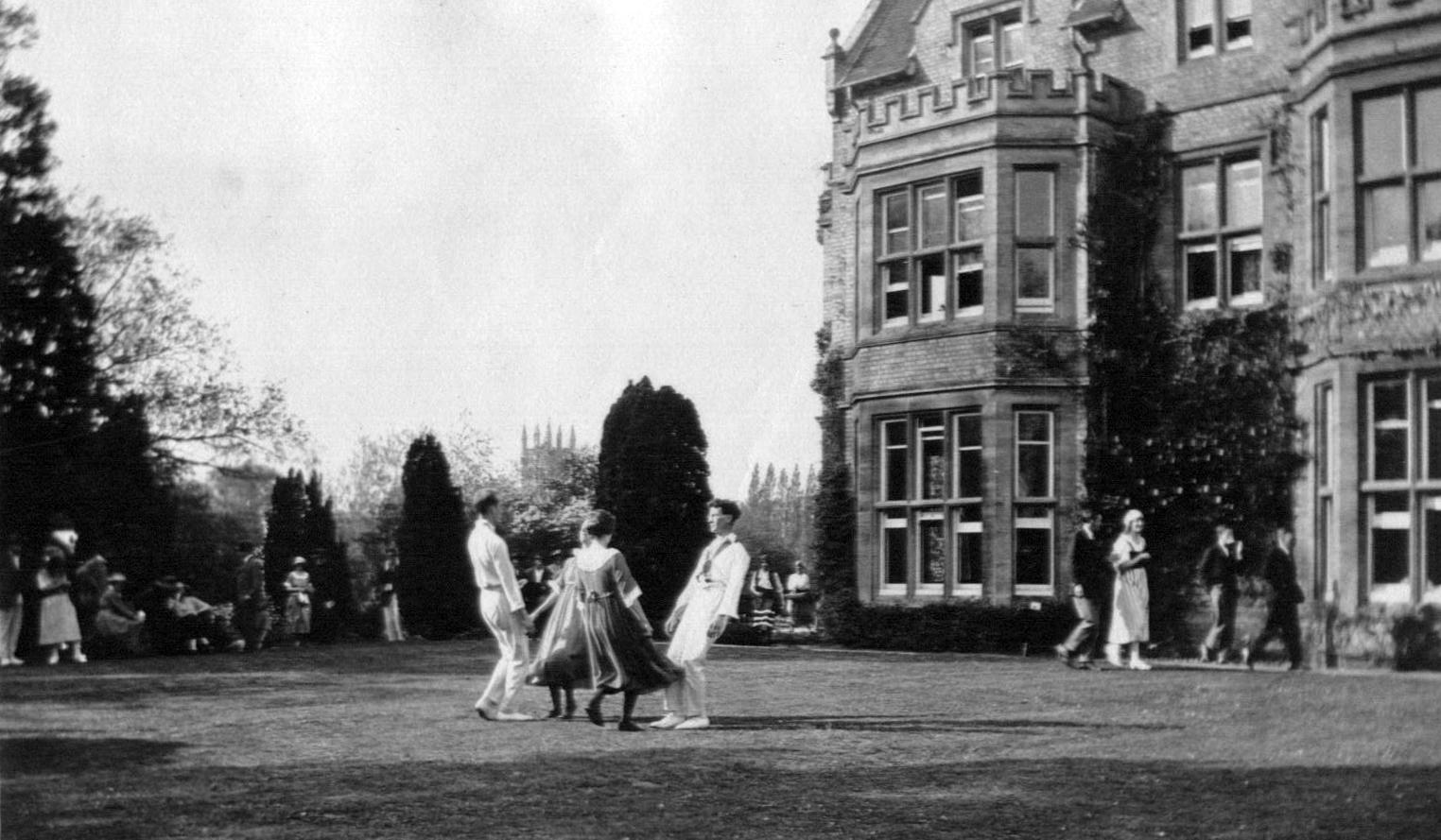Garden fete c1922
