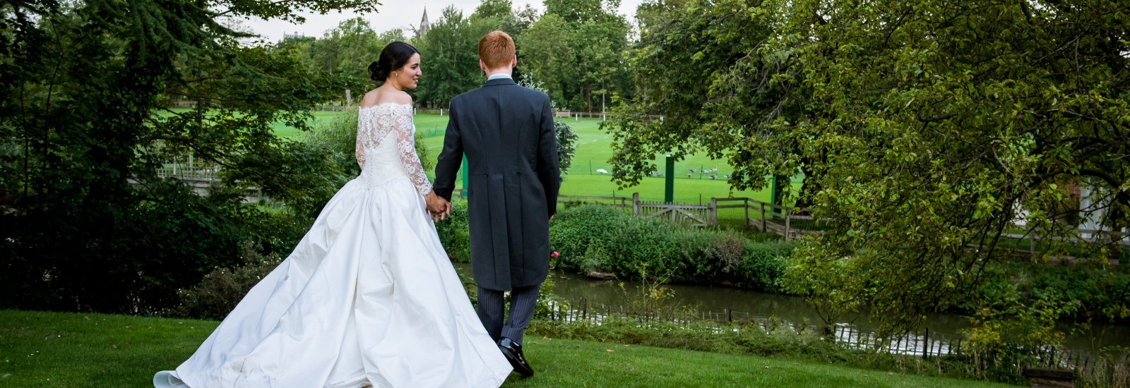 Bride and Groom in St Hilda's College grounds