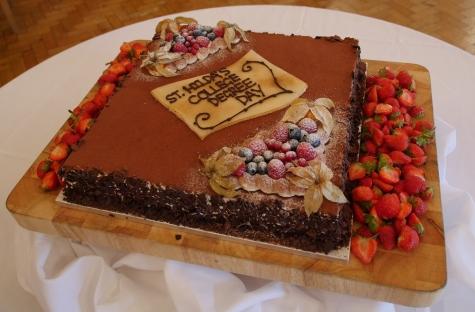 Graduation Day Cake at St Hilda's College