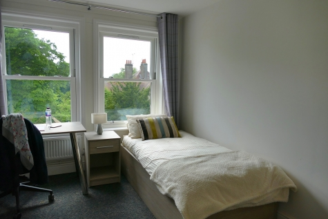Student Bedroom in Jocelyn Morris Quad