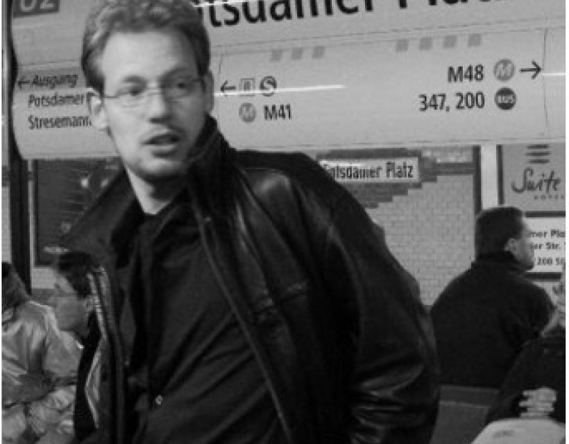 Dr Rogier B Mars