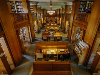 St HIlda's College library