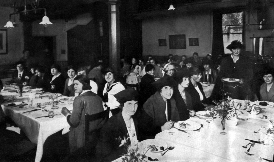 St Hilda's Dining Hall in 1922