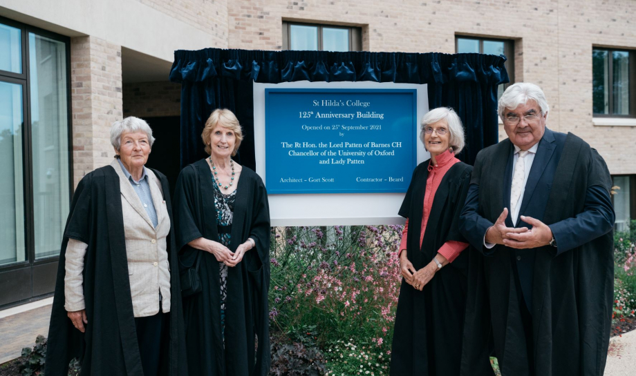 Four former Principals open St Hilda's College Anniversary Building and Pavilion on behalf of Lord and Lady Patten