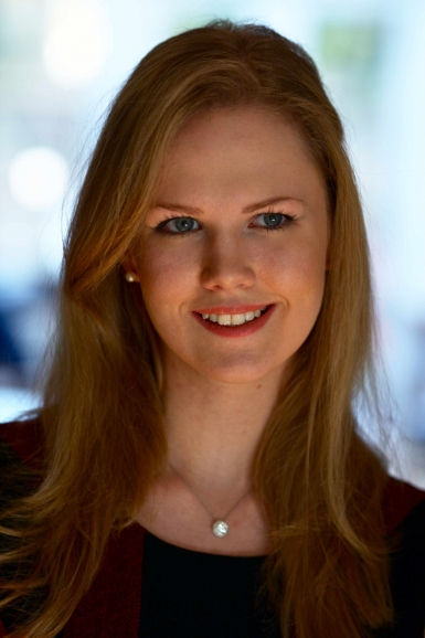 Dr Daisy Dunn