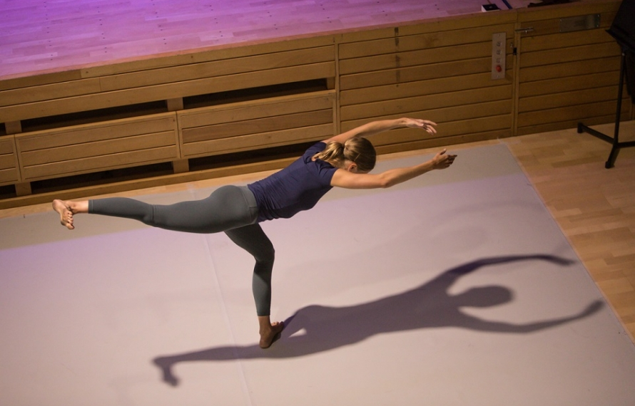 Sir Richard Alson gives a lecture on Merce Cunningham's influence in relation to his work, with a solo performance by Elly Braund