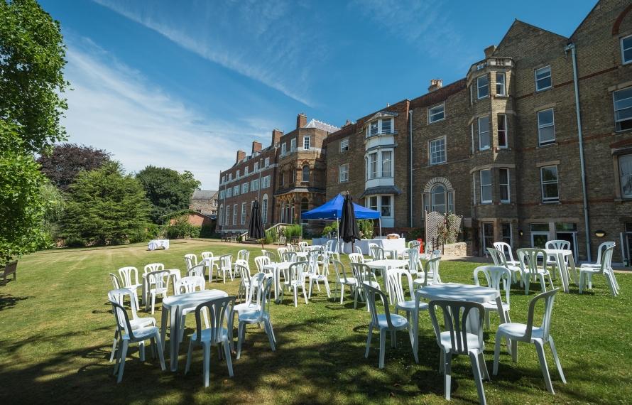 Hall Gardens, St Hilda's College