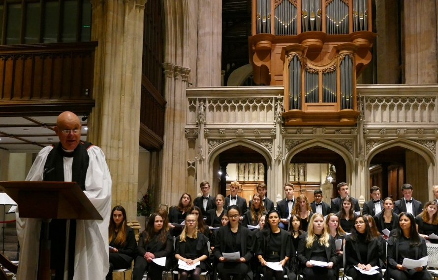 Canon Brian Mountford welcomes the congregation to St Hilda's College's Founder's Day Service, 13 November 2019